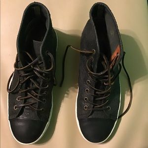 Frye chambers cap toe high top sneakers size 8.5